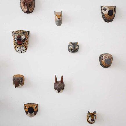Masque Trophée mural en bois - Ambiance 5