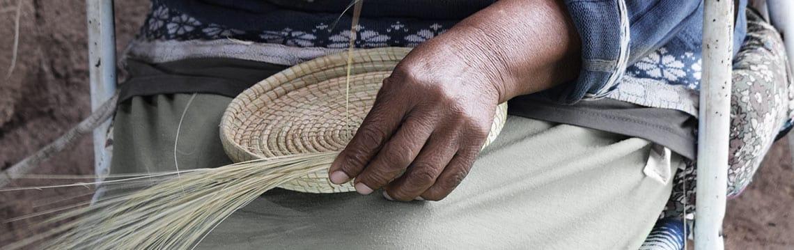 Rangement palmier tressé