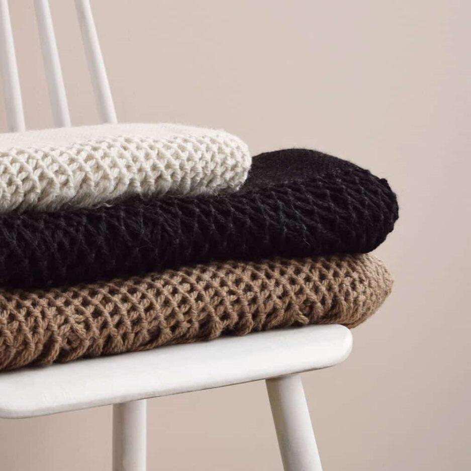 Textile : Plaid et écharpe en laine de lama Finca Home - Ambiance 3