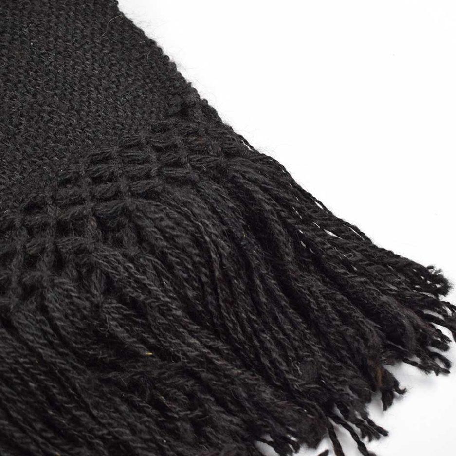 Zoom écharpe en laine de lama noir Finca Home