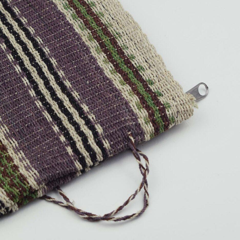 Pochette tissée violette et noire Finca Home - Zoom
