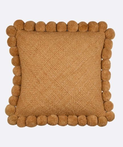 Coussin 50x50 pompons ocre Finca Home