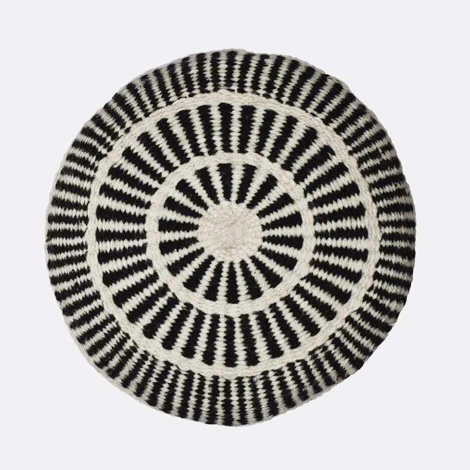 Coussin ethnique rond motif noir et blanc Finca Home
