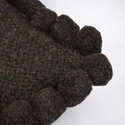 Coussin ethnique 50x50 pompons noir Finca Home - Zoom