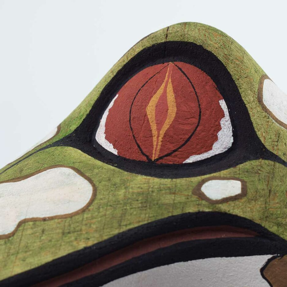 Trophée mural en bois Grenouille Finca Home - Zoom