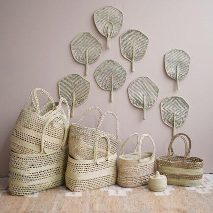 Éventail déco murale en palmier Finca Home - Ambiance décoration bohème