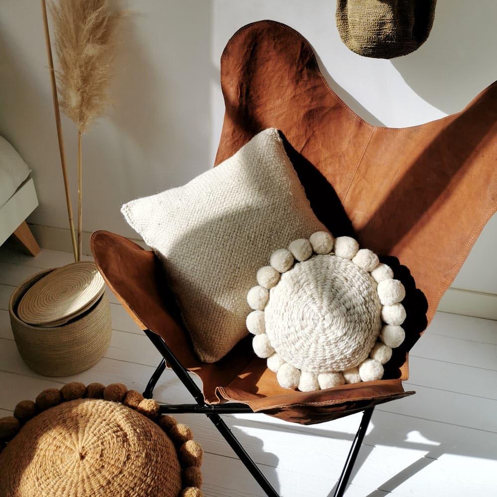 Deco Chambre Ethnique Chic coussin blanc 50x50